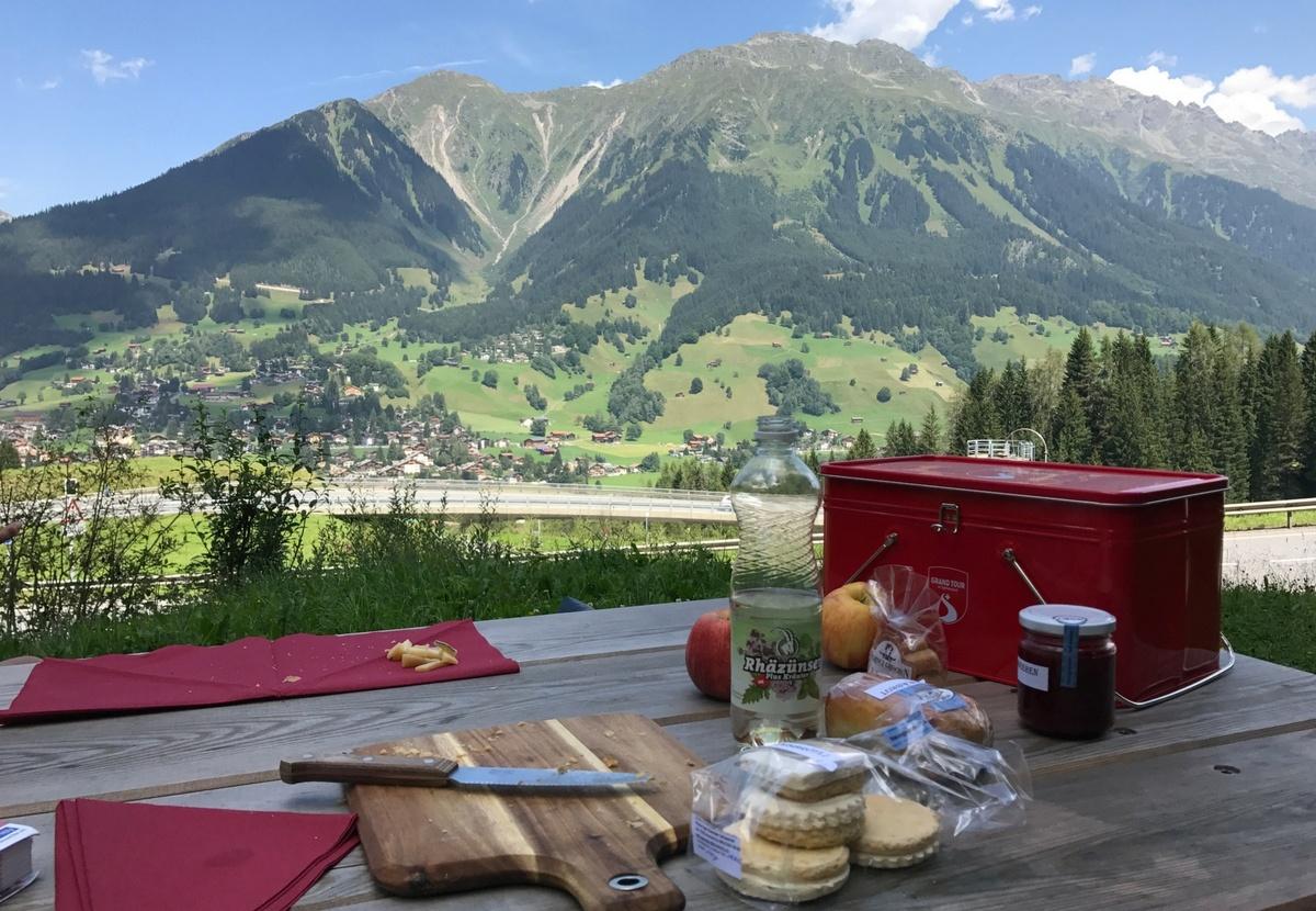 Die Grand Tour of Switzerland ist eine komplett ausgewiesenr Road Trip quer durch die Schweiz. Eine Traumstrasse über 1.600 Kilometer